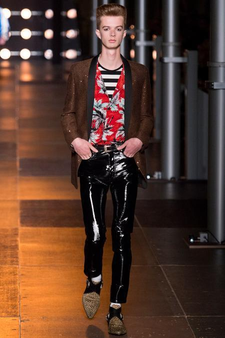 Saint Laurent Menswear S/S 2014 (Photo: Yannis Vlamos / InDigital   GoRunway)